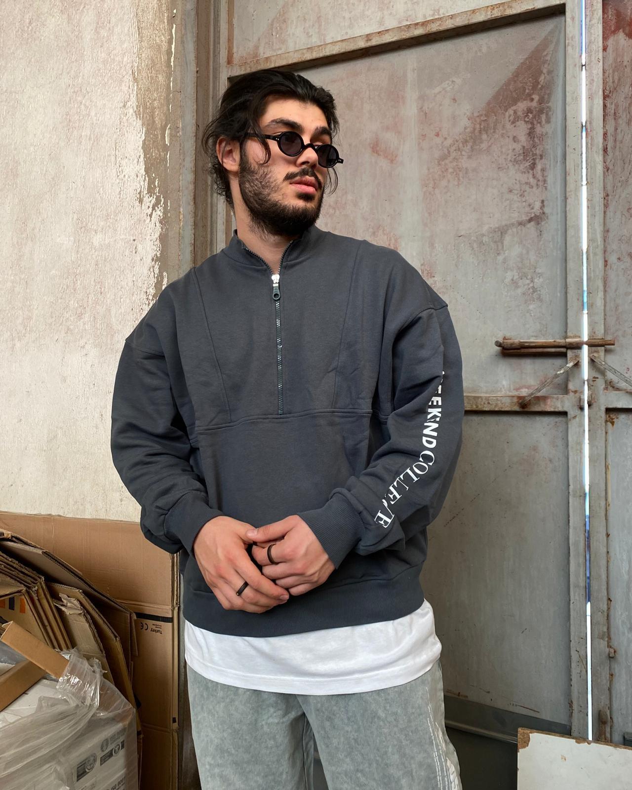 Weekend Collective Half-Zip Sweatshirt (SAS61)