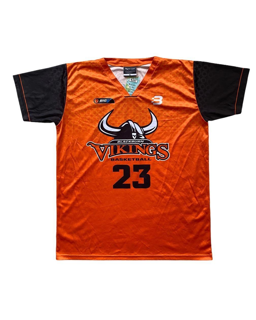 Vikings Basketball T Shirt (XL)
